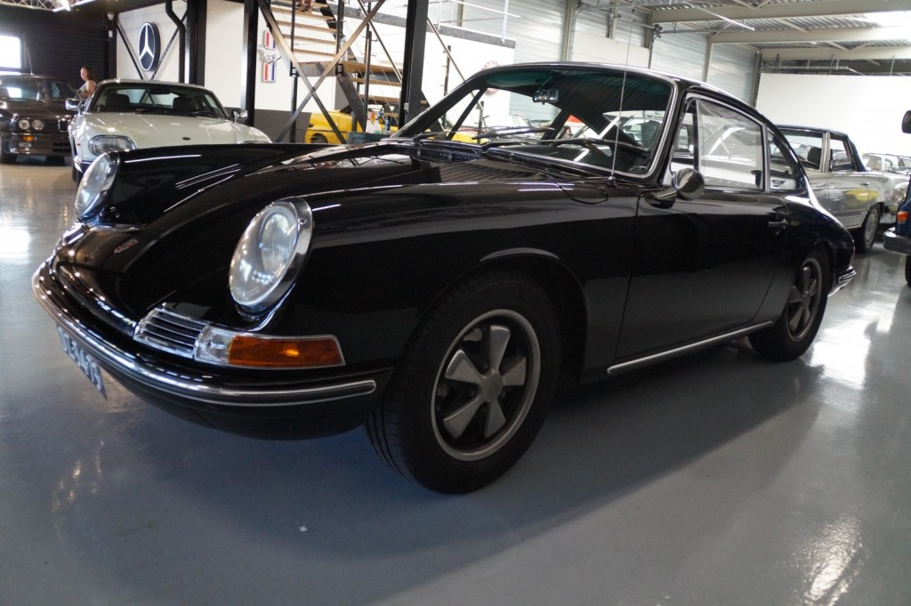 Buy this PORSCHE 912 1967  at Legendary Classics (33)