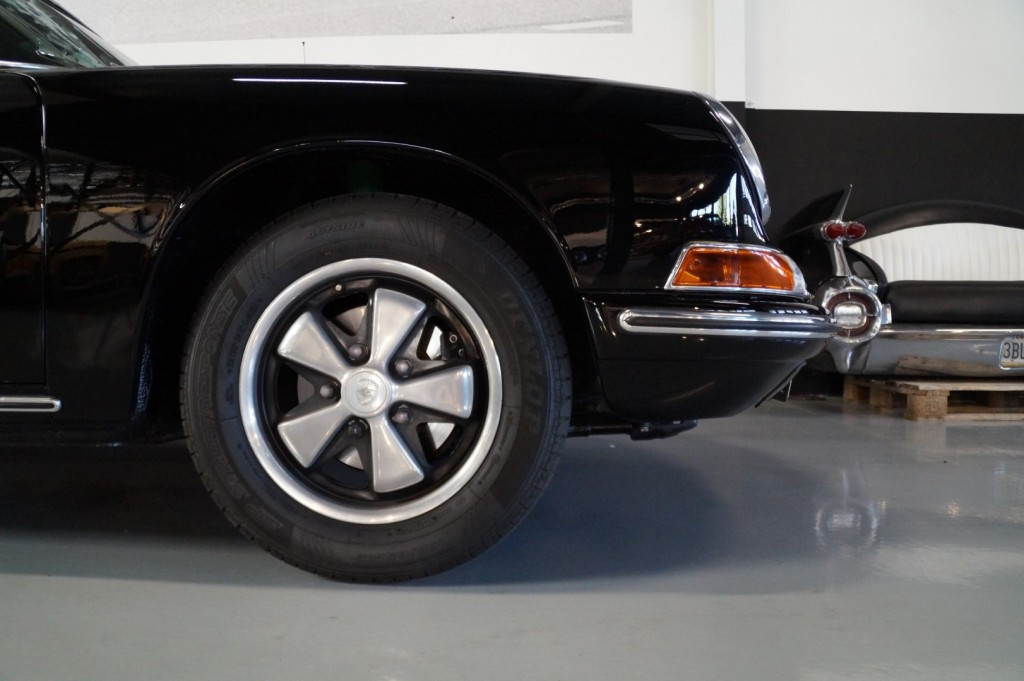 Buy this PORSCHE 912 1967  at Legendary Classics (36)