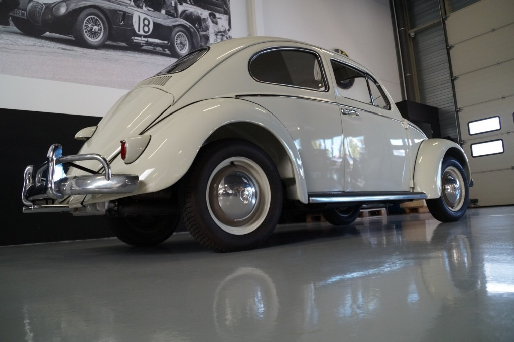 Buy this VOLKSWAGEN BEETLE 1961  at Legendary Classics (21)