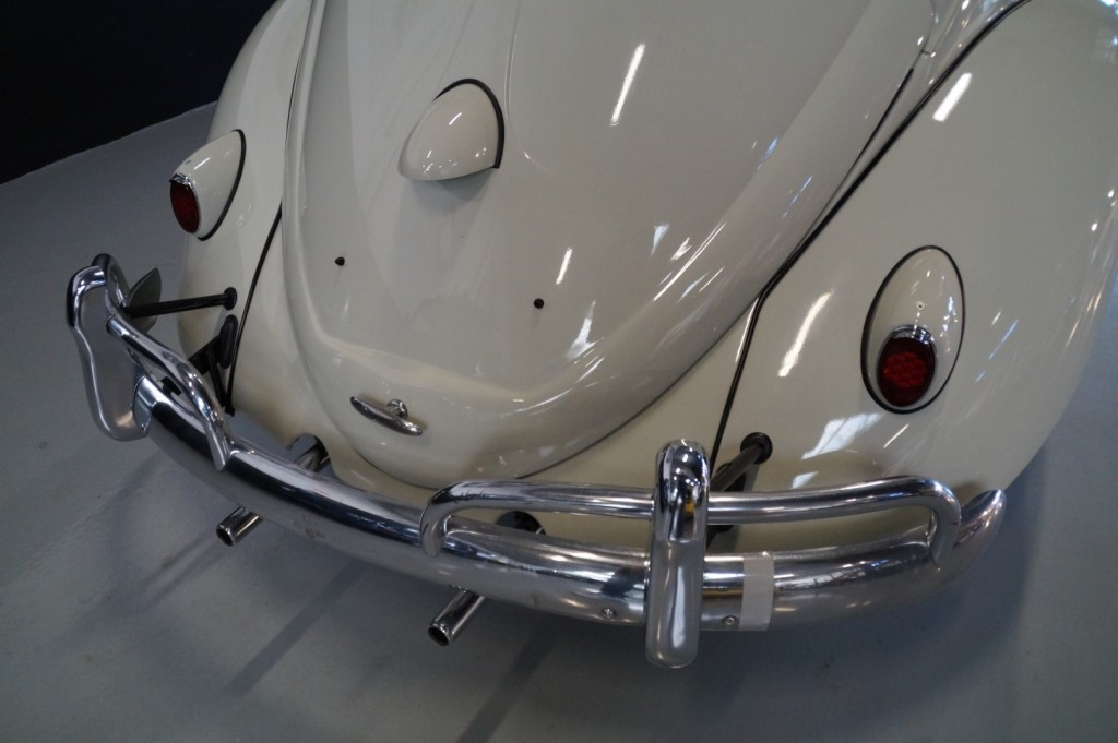 Buy this VOLKSWAGEN BEETLE 1961  at Legendary Classics (25)