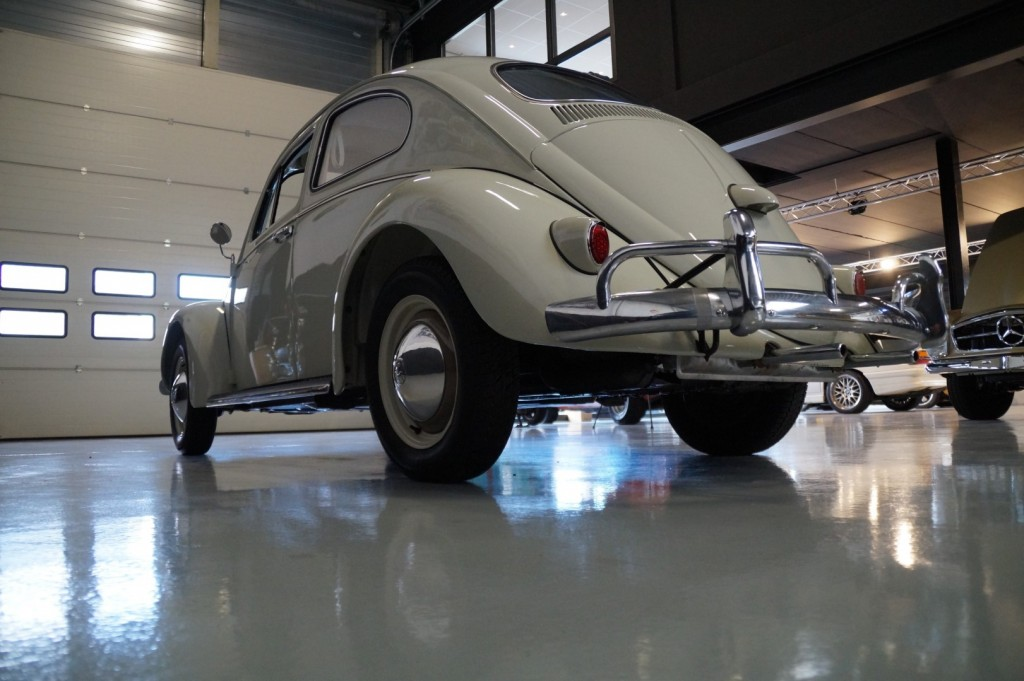 Buy this VOLKSWAGEN BEETLE 1961  at Legendary Classics (26)