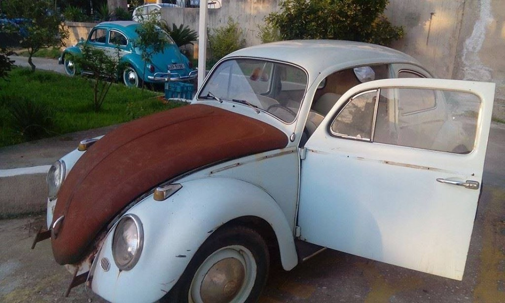 Buy this VOLKSWAGEN BEETLE 1961  at Legendary Classics (51)