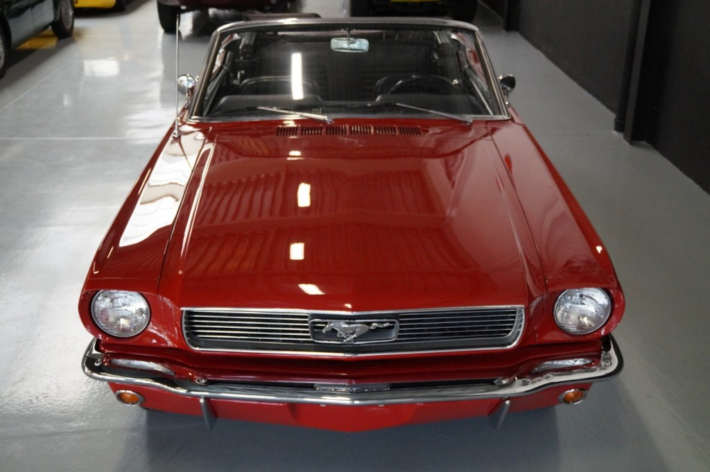 Buy this FORD MUSTANG 1966  at Legendary Classics (39)