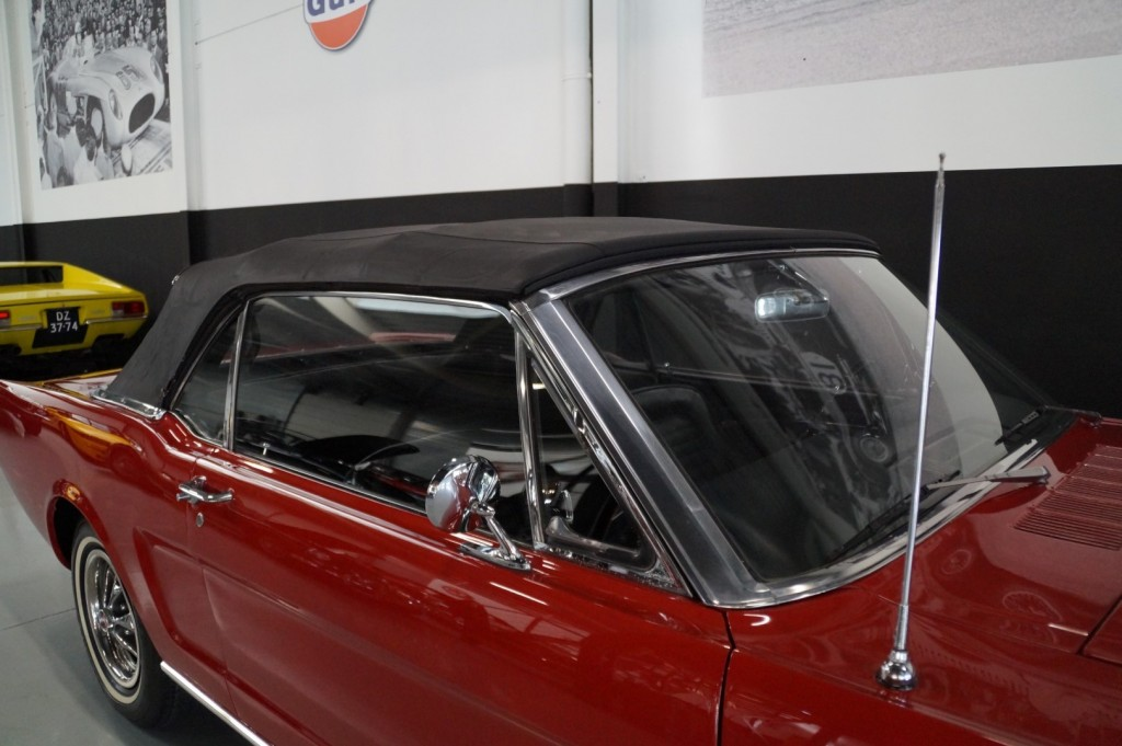 Buy this FORD MUSTANG 1966  at Legendary Classics (52)