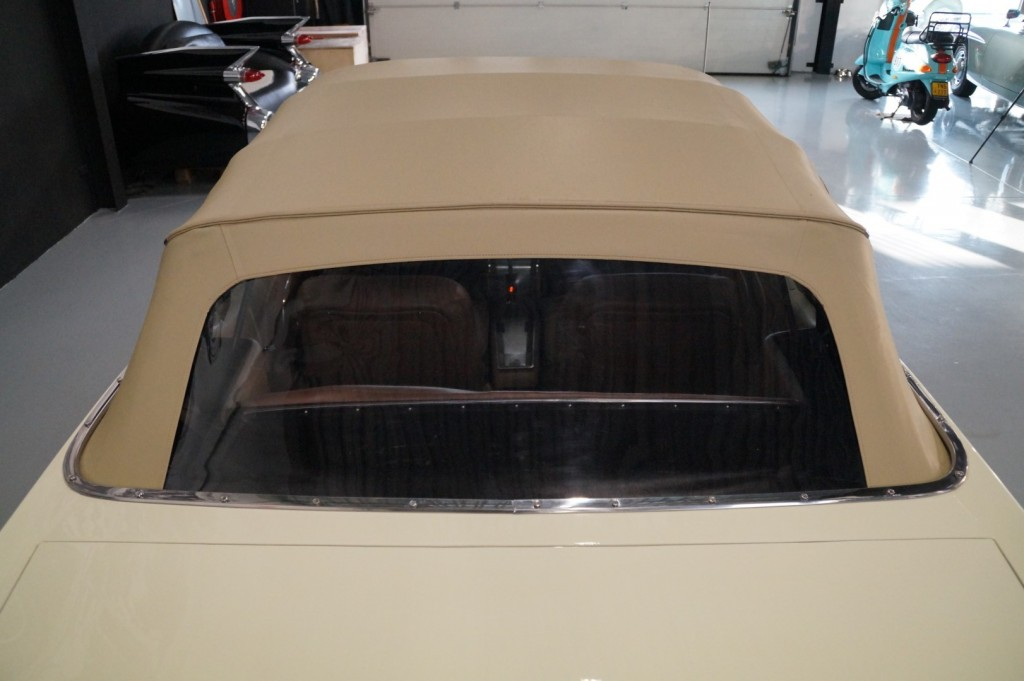 Buy this FORD MUSTANG 1967  at Legendary Classics (60)