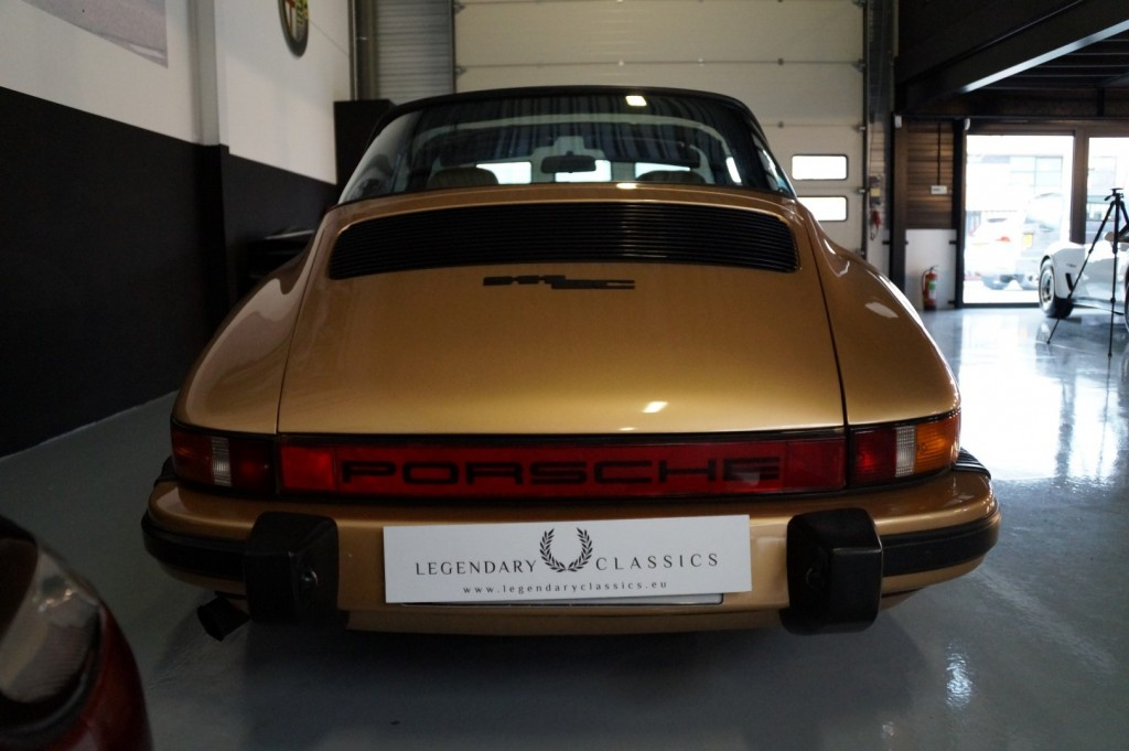 Buy this PORSCHE 911 1980  at Legendary Classics (14)