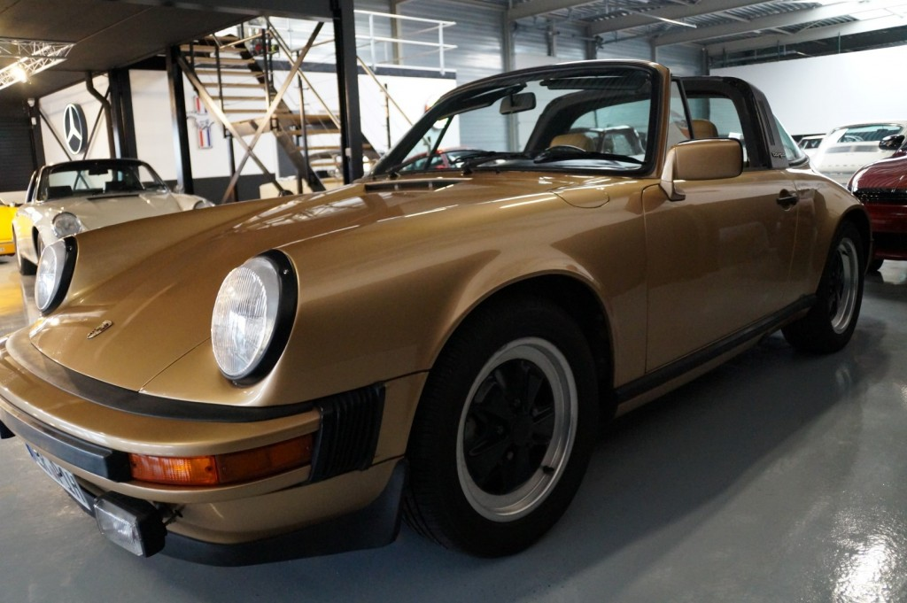 Buy this PORSCHE 911 1980  at Legendary Classics (19)