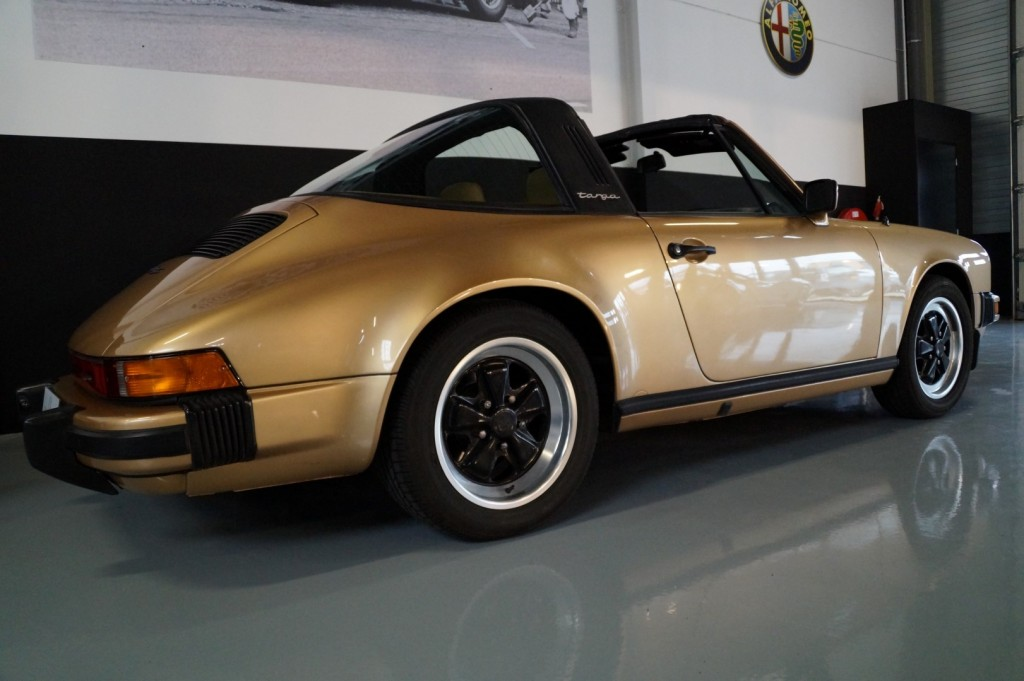 Buy this PORSCHE 911 1980  at Legendary Classics (4)