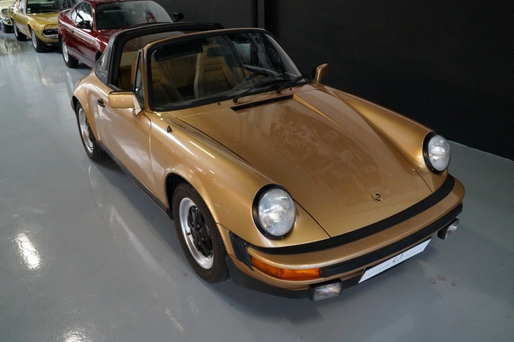 Buy this PORSCHE 911 1980  at Legendary Classics (10)
