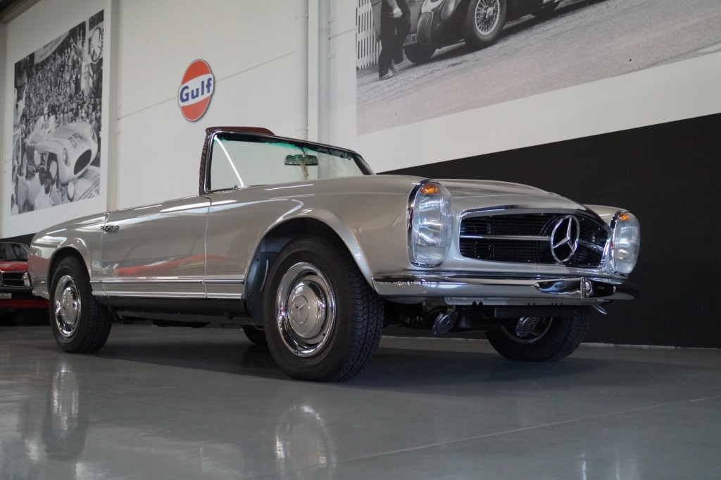 Buy this MERCEDES-BENZ SL-KLASSE 1966  at Legendary Classics (2)