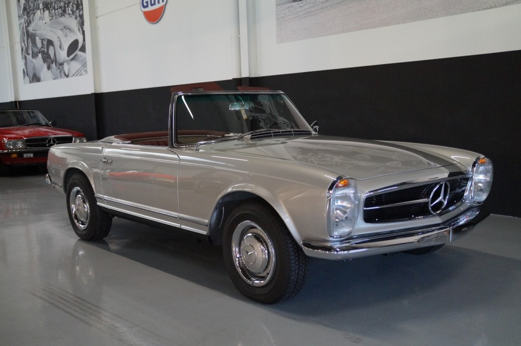 Buy this MERCEDES-BENZ SL-KLASSE 1966  at Legendary Classics (26)
