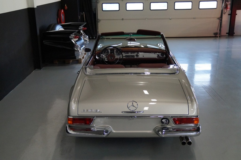 Buy this MERCEDES-BENZ SL-KLASSE 1966  at Legendary Classics (5)