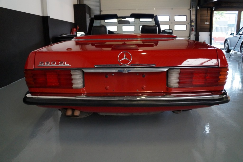 Buy this MERCEDES-BENZ 560 1988  at Legendary Classics (21)