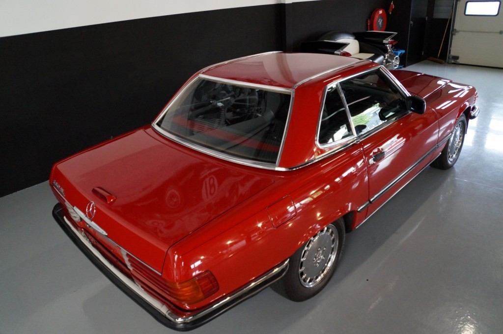 Buy this MERCEDES-BENZ 560 1988  at Legendary Classics (8)