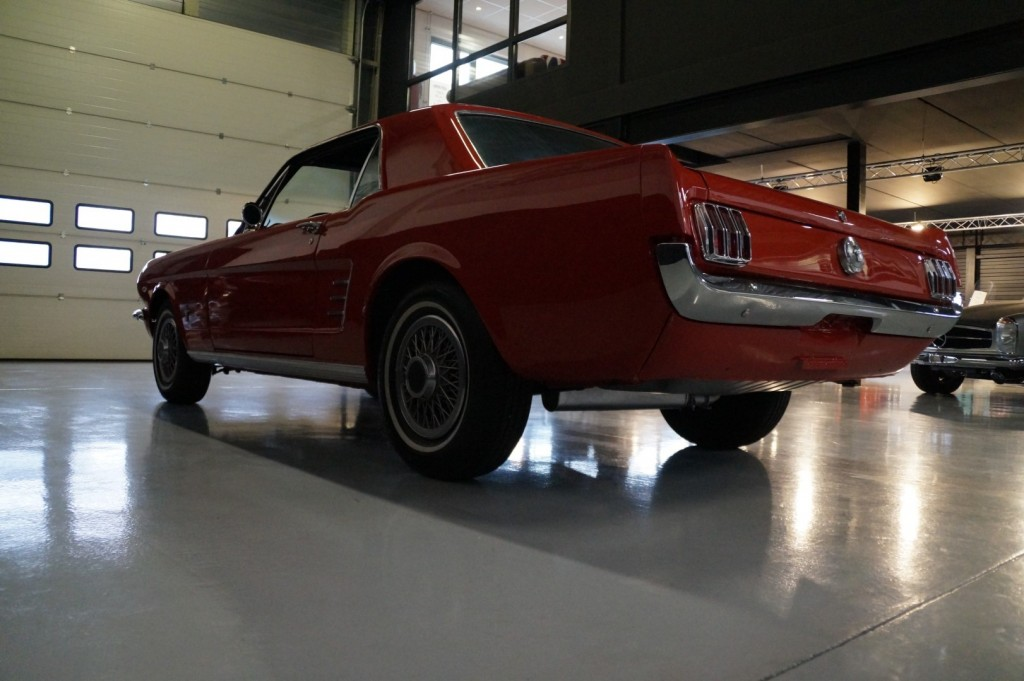 Buy this FORD MUSTANG 1966  at Legendary Classics (27)
