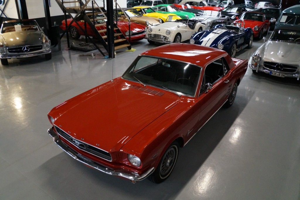 Buy this FORD MUSTANG 1966  at Legendary Classics (33)