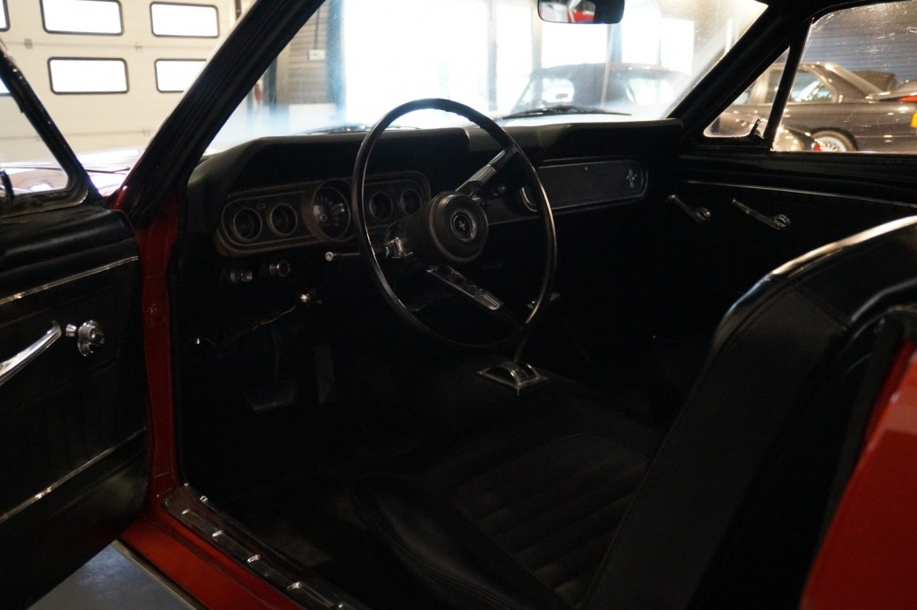 Buy this FORD MUSTANG 1966  at Legendary Classics (6)