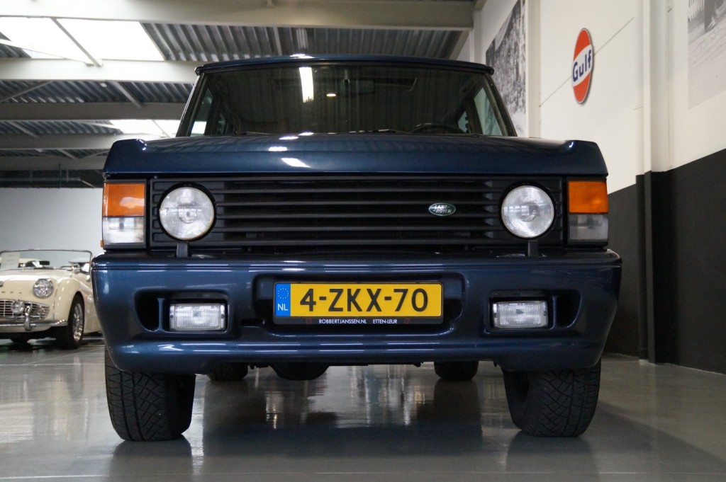 Buy this LAND ROVER RANGE ROVER 1994  at Legendary Classics (21)