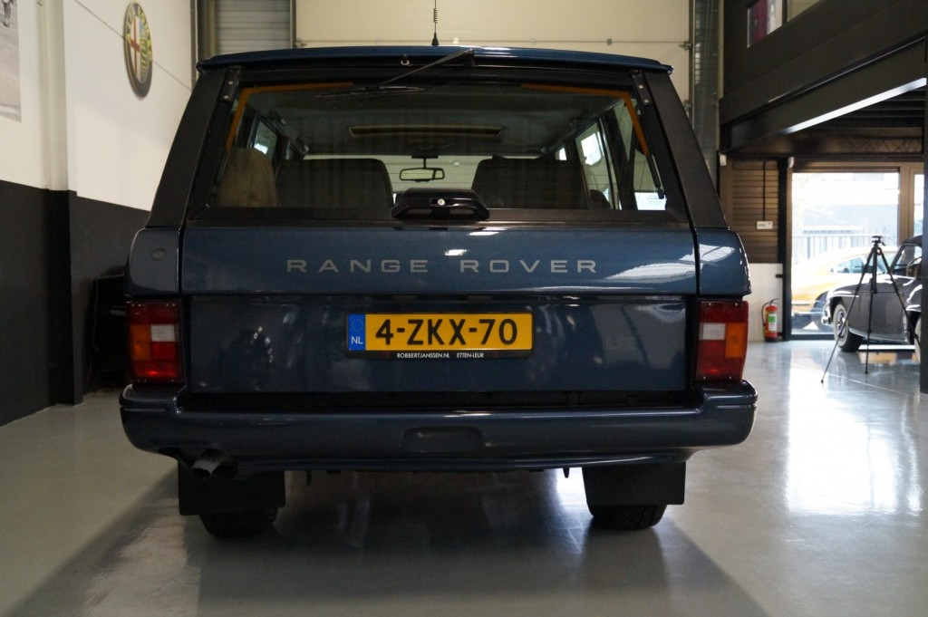 Buy this LAND ROVER RANGE ROVER 1994  at Legendary Classics (29)