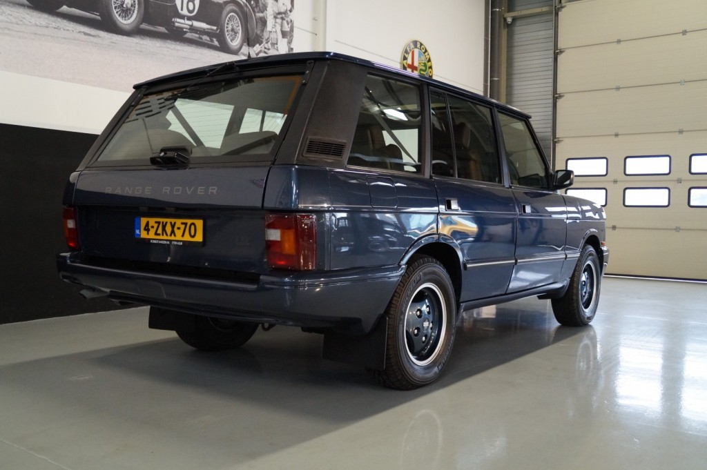 Buy this LAND ROVER RANGE ROVER 1994  at Legendary Classics (4)