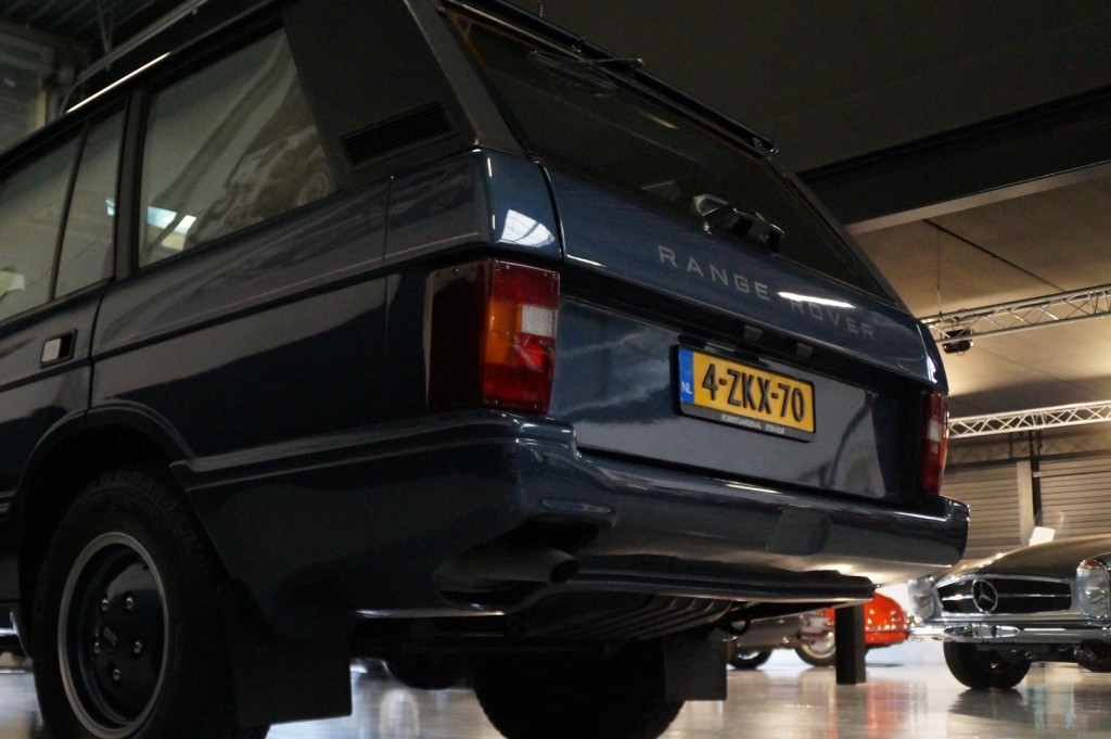 Buy this LAND ROVER RANGE ROVER 1994  at Legendary Classics (31)