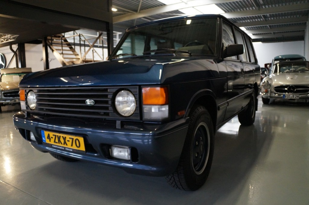 Buy this LAND ROVER RANGE ROVER 1994  at Legendary Classics (35)