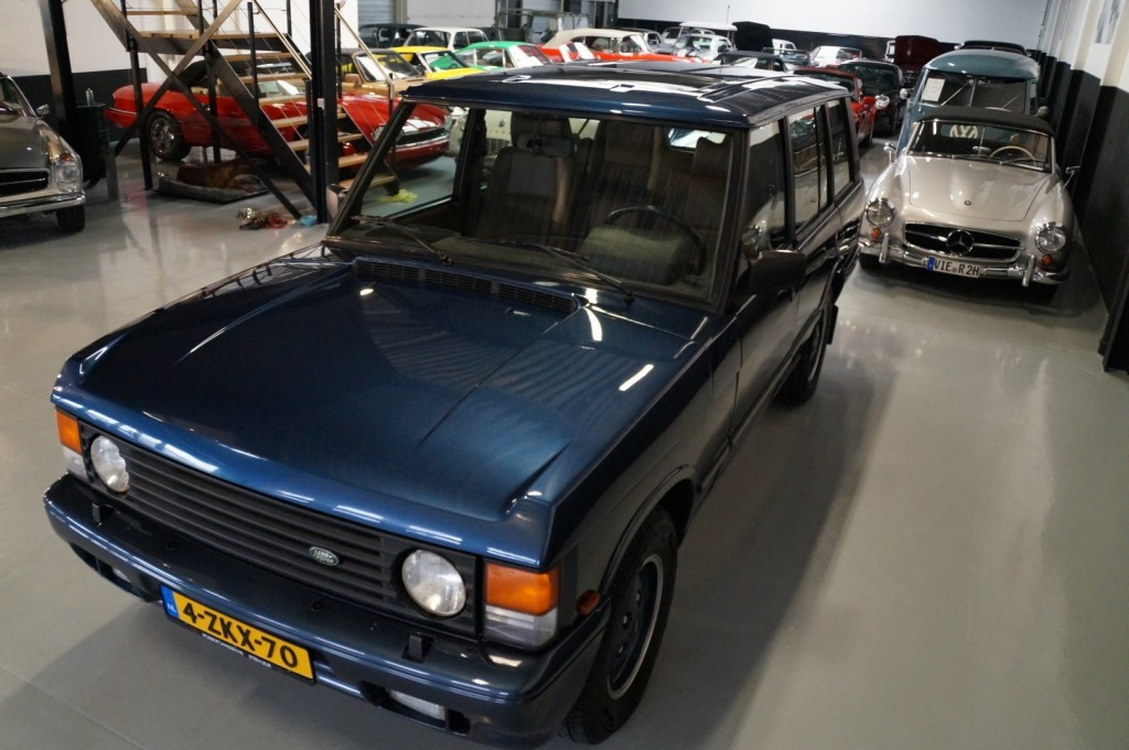 Buy this LAND ROVER RANGE ROVER 1994  at Legendary Classics (36)