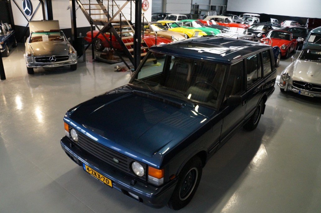 Buy this LAND ROVER RANGE ROVER 1994  at Legendary Classics (37)