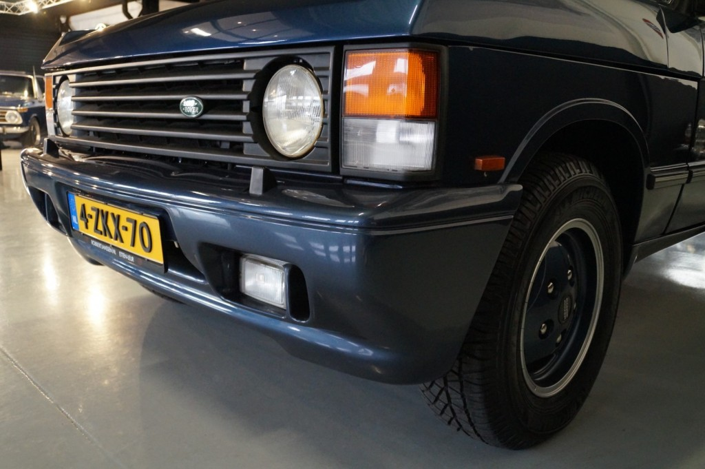 Buy this LAND ROVER RANGE ROVER 1994  at Legendary Classics (38)