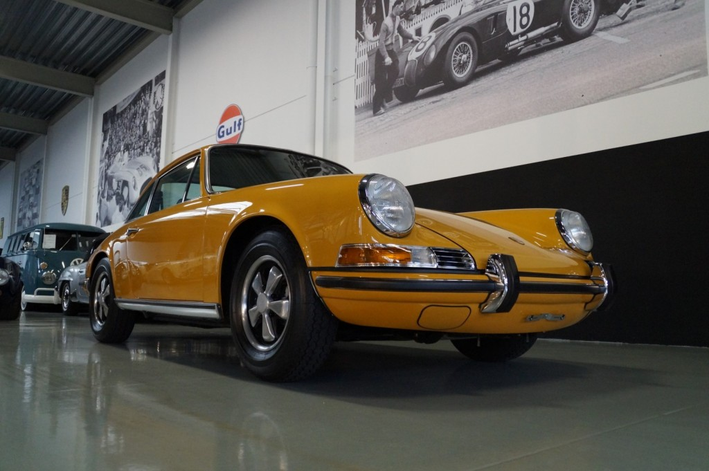 Buy this PORSCHE 911 1968  at Legendary Classics (2)