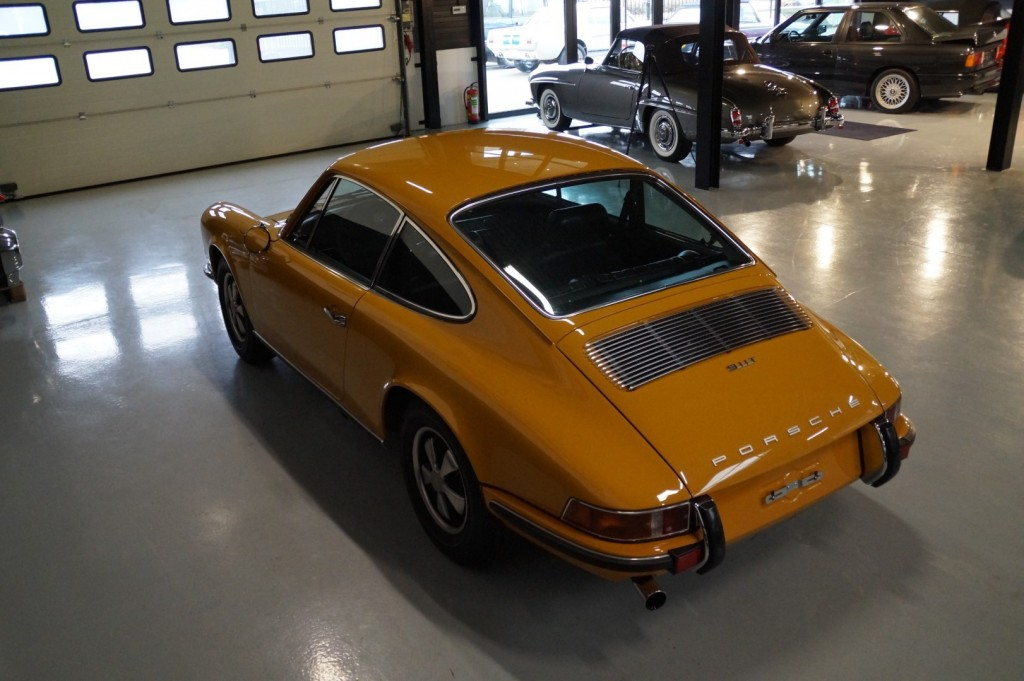Buy this PORSCHE 911 1968  at Legendary Classics (30)