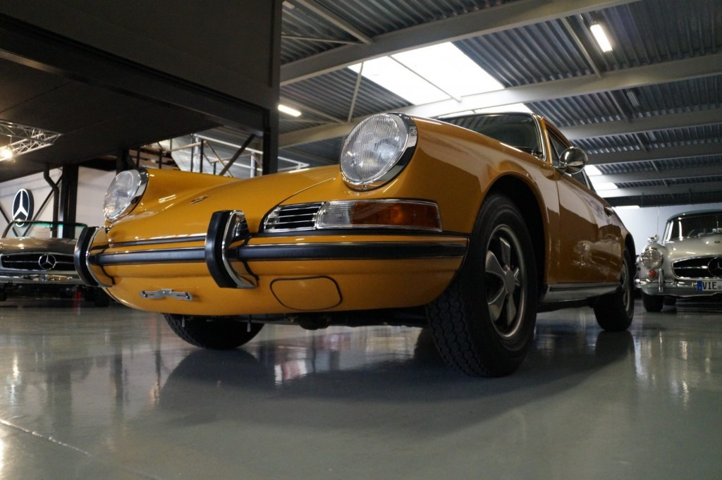 Buy this PORSCHE 911 1968  at Legendary Classics (31)