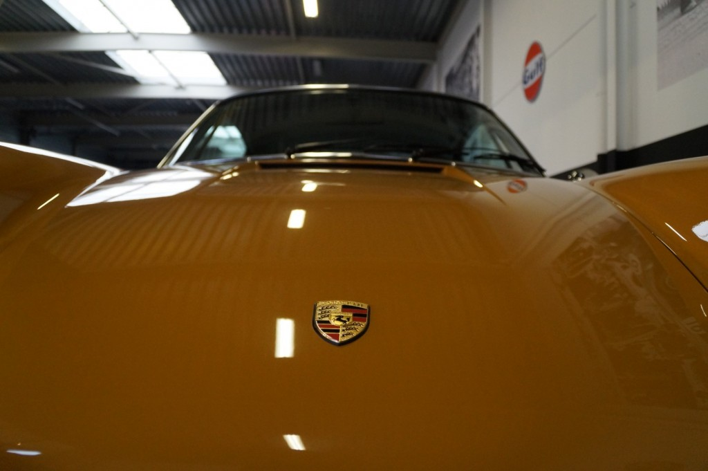 Buy this PORSCHE 911 1968  at Legendary Classics (36)