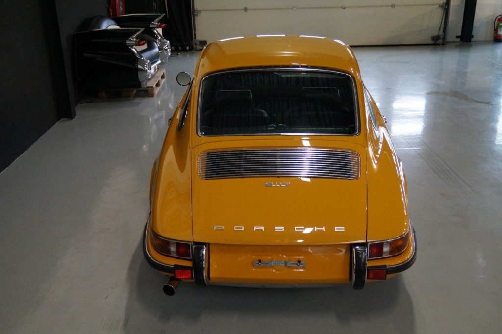 Buy this PORSCHE 911 1968  at Legendary Classics (5)
