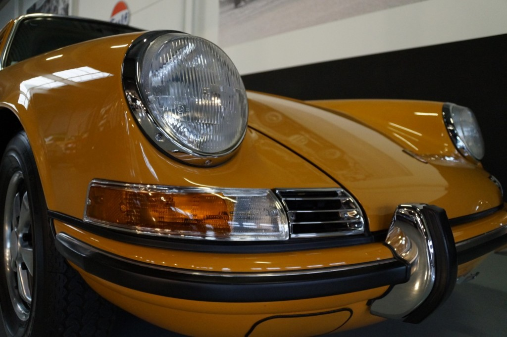 Buy this PORSCHE 911 1968  at Legendary Classics (9)