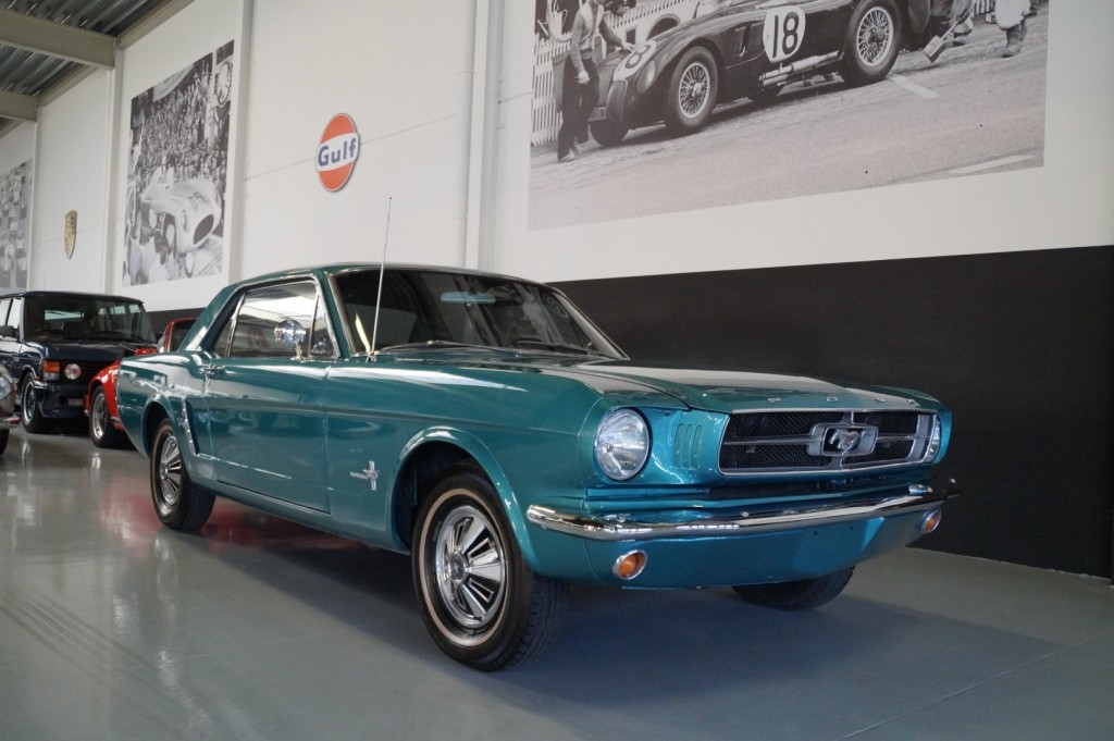 Buy this FORD MUSTANG 1965  at Legendary Classics (2)