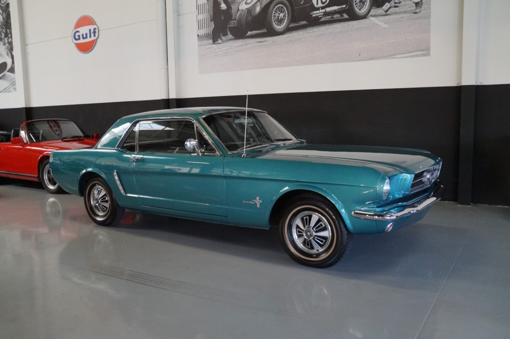 Buy this FORD MUSTANG 1965  at Legendary Classics (14)
