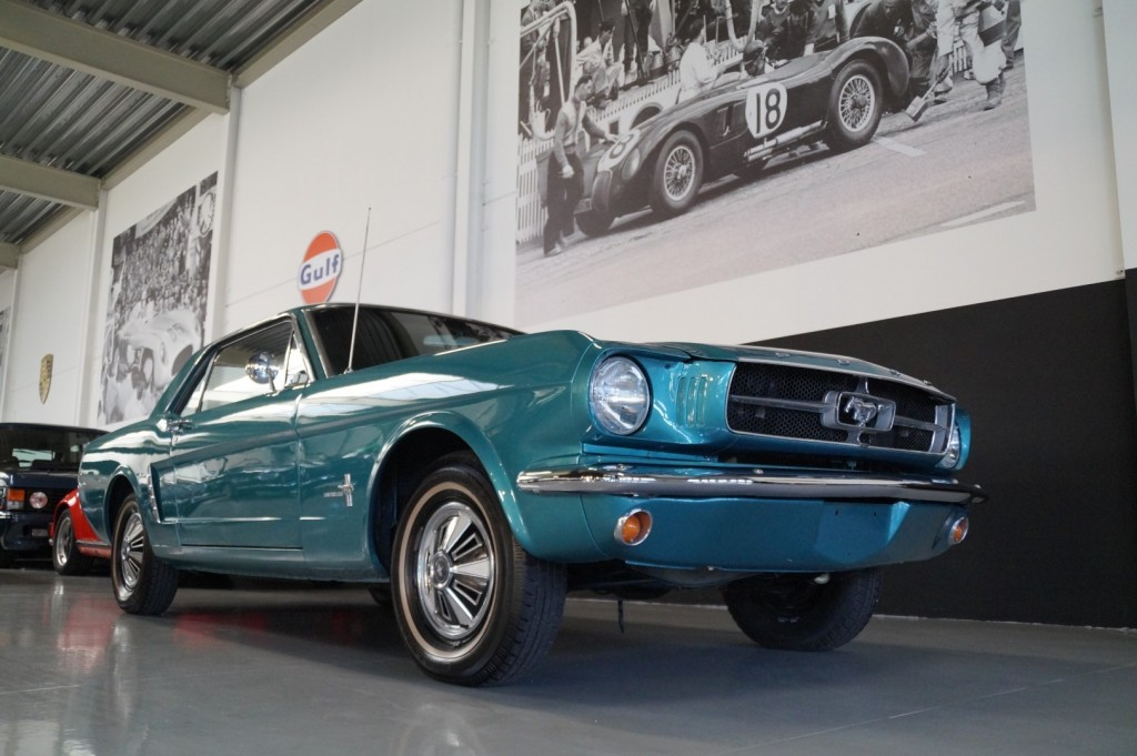 Buy this FORD MUSTANG 1965  at Legendary Classics (15)