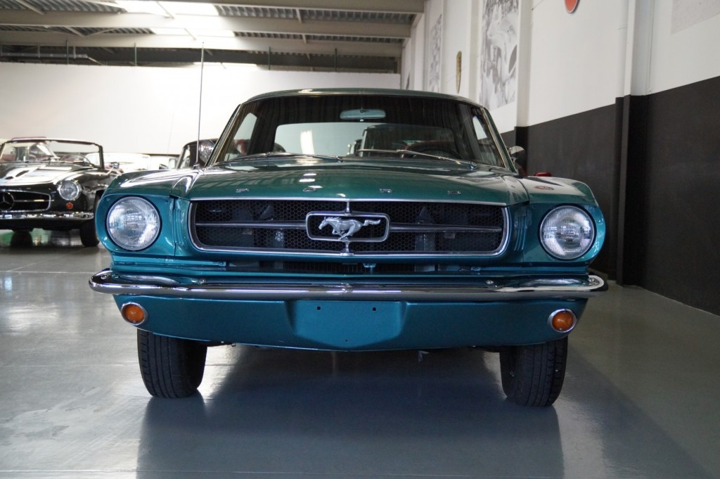 Buy this FORD MUSTANG 1965  at Legendary Classics (19)