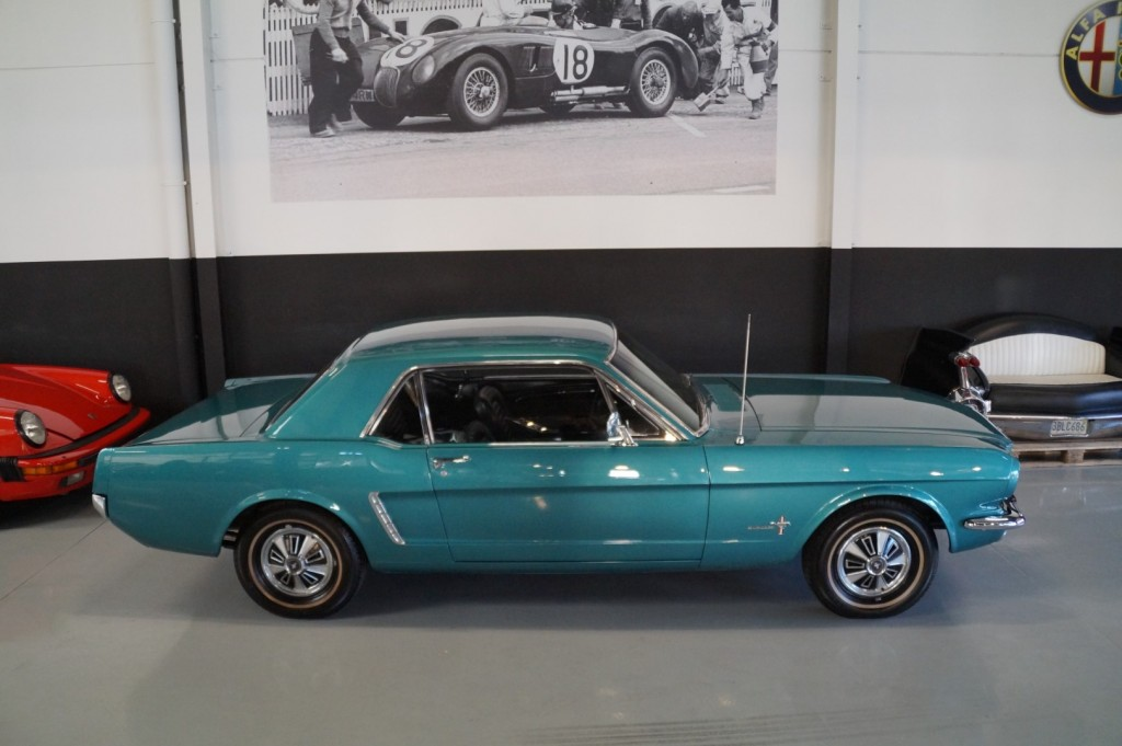 Buy this FORD MUSTANG 1965  at Legendary Classics (22)