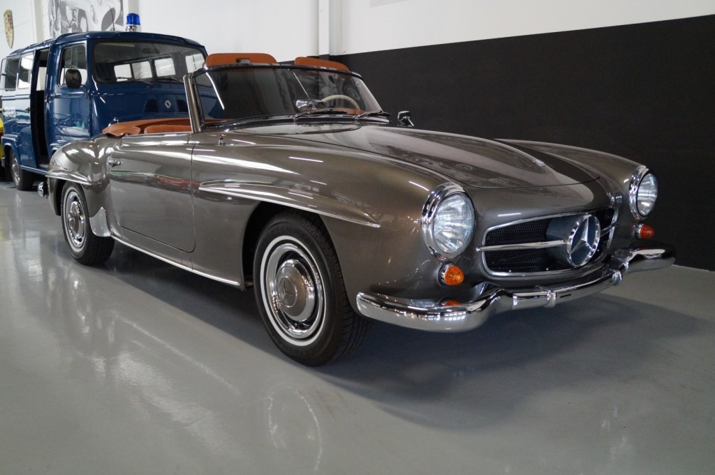Buy this MERCEDES-BENZ 190 1957  at Legendary Classics (2)