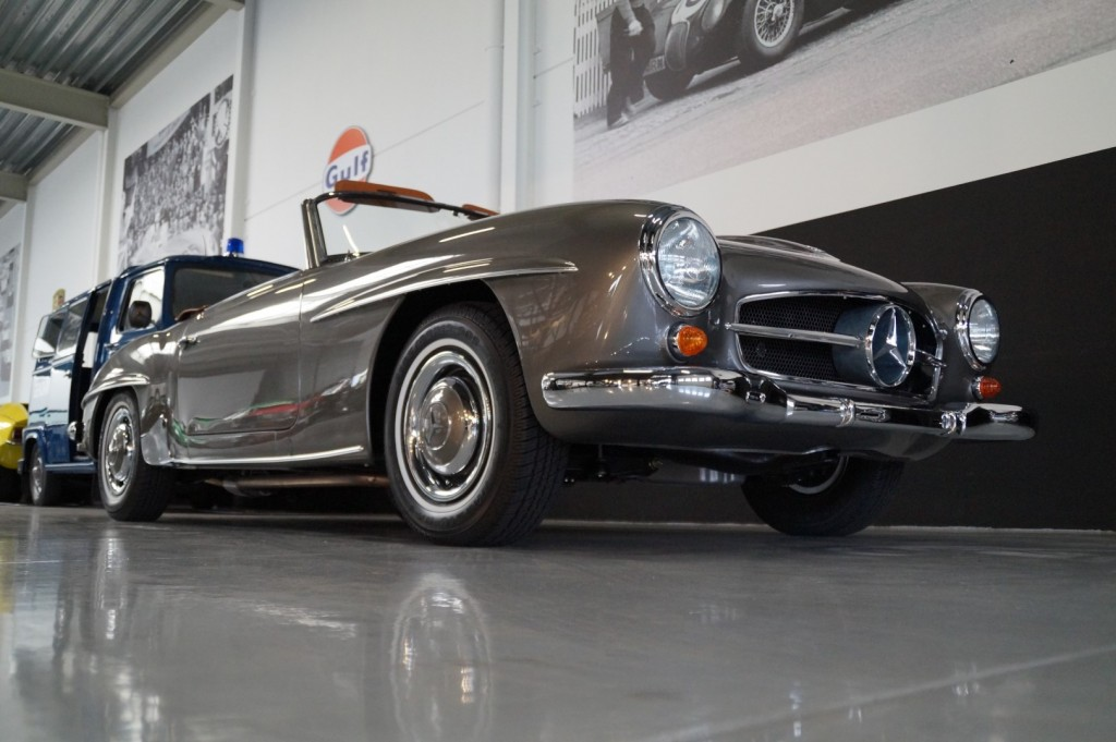 Buy this MERCEDES-BENZ 190 1957  at Legendary Classics (22)