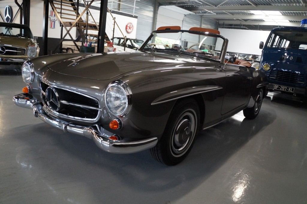 Buy this MERCEDES-BENZ 190 1957  at Legendary Classics (42)