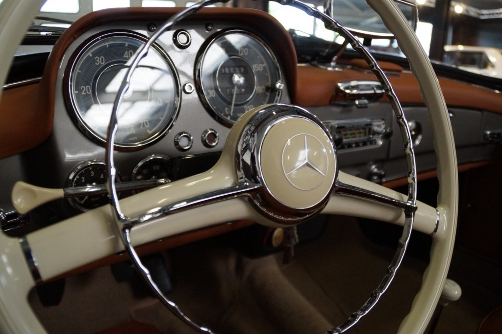 Buy this MERCEDES-BENZ 190 1957  at Legendary Classics (46)