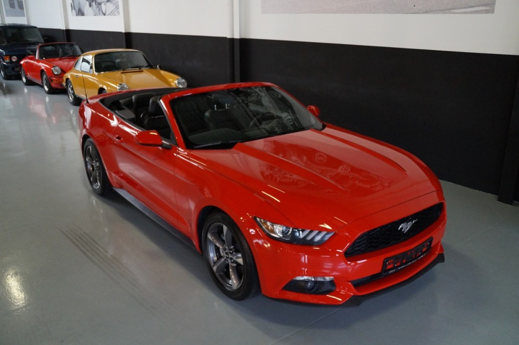 Buy this FORD MUSTANG 2016  at Legendary Classics (17)