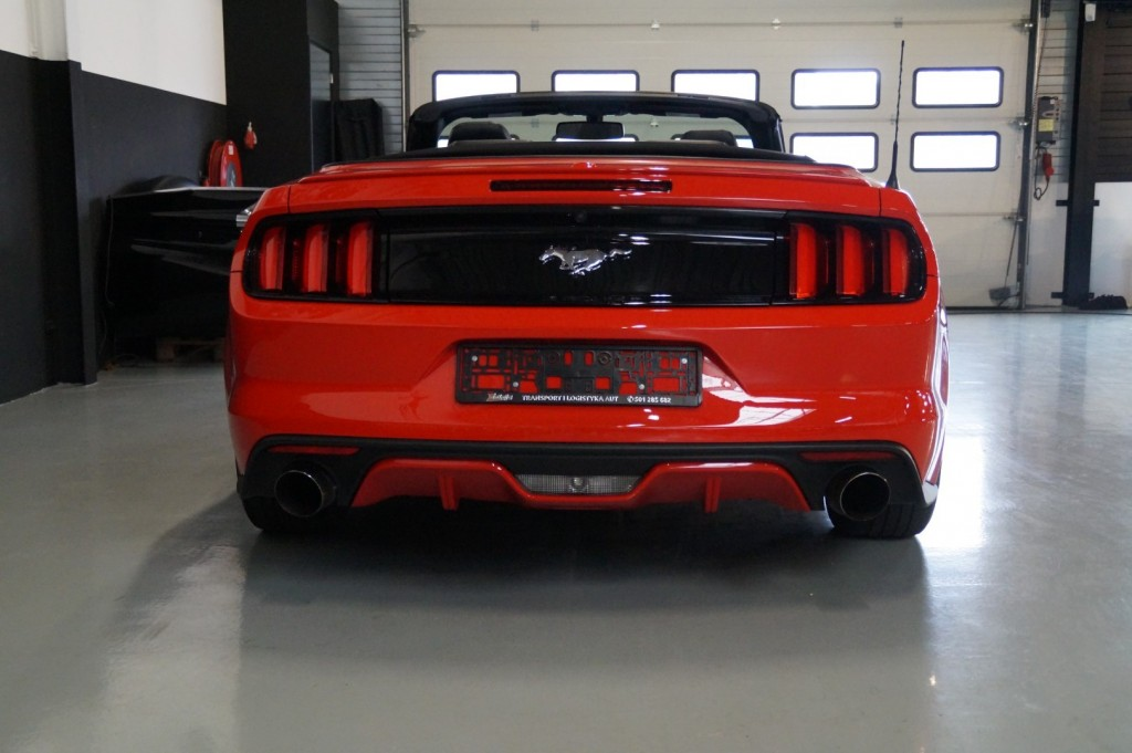 Buy this FORD MUSTANG 2016  at Legendary Classics (26)