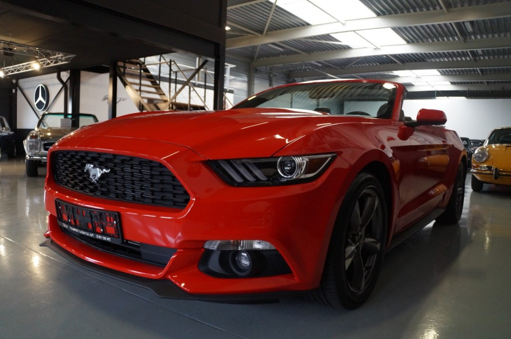 Buy this FORD MUSTANG 2016  at Legendary Classics (30)