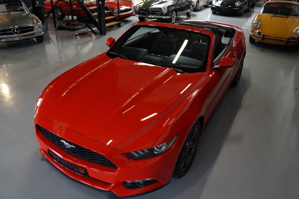 Buy this FORD MUSTANG 2016  at Legendary Classics (31)