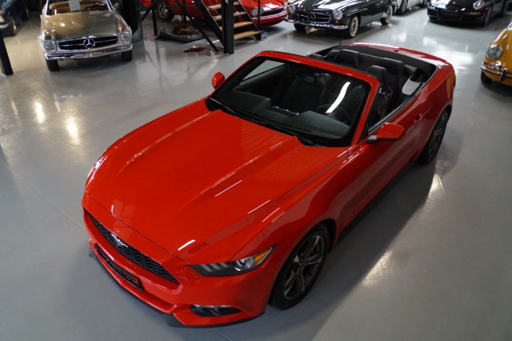 Buy this FORD MUSTANG 2016  at Legendary Classics (32)