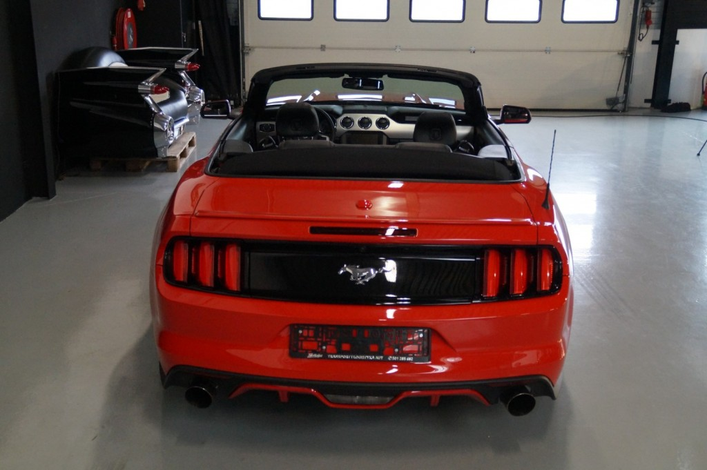 Buy this FORD MUSTANG 2016  at Legendary Classics (5)